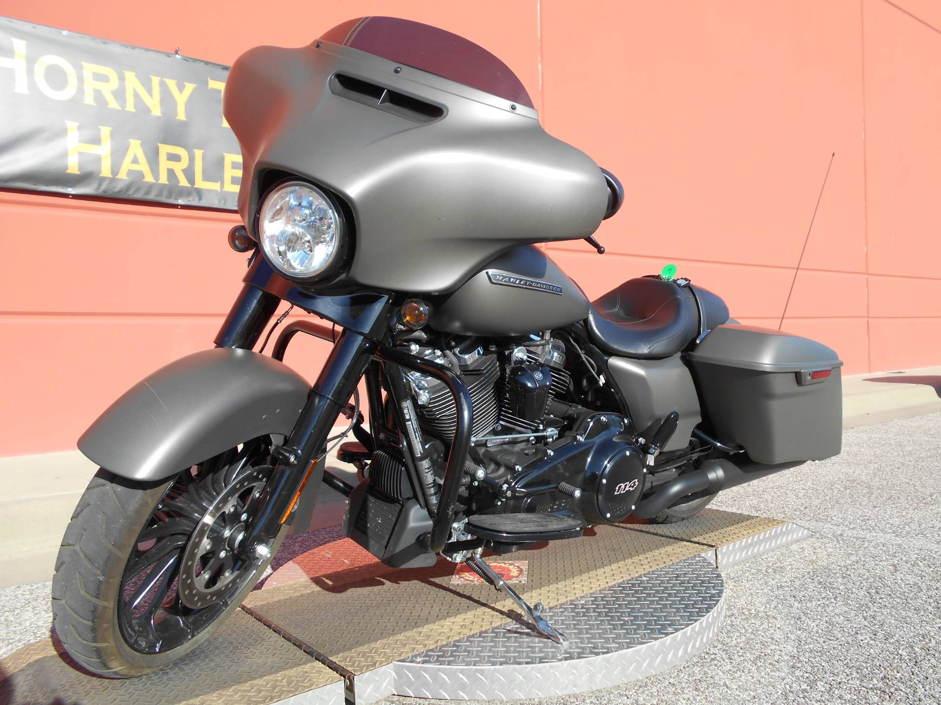 2019 Harley-Davidson Street Glide® Special in Temple, Texas - Photo 13