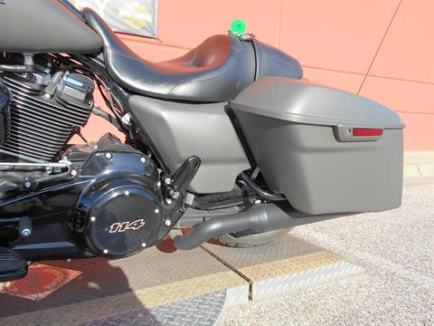2019 Harley-Davidson Street Glide® Special in Temple, Texas - Photo 14