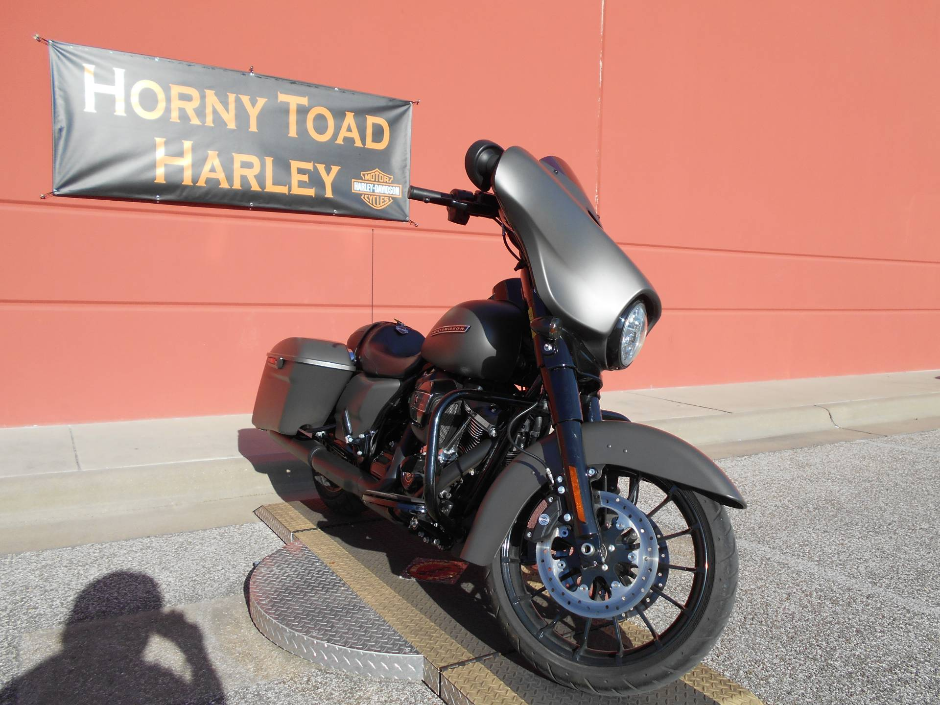 2019 Harley-Davidson Street Glide® Special in Temple, Texas - Photo 16