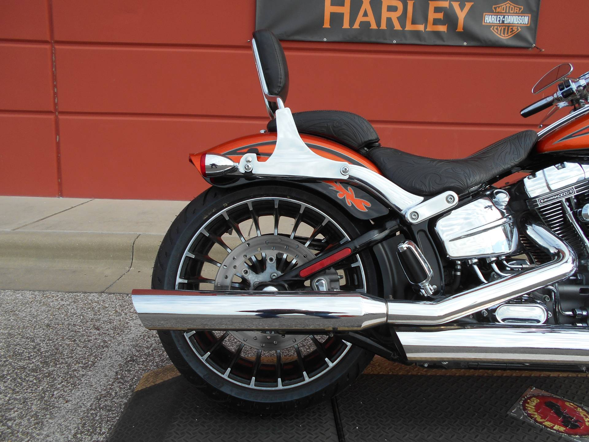 2014 Harley-Davidson CVO™ Breakout® in Temple, Texas - Photo 6