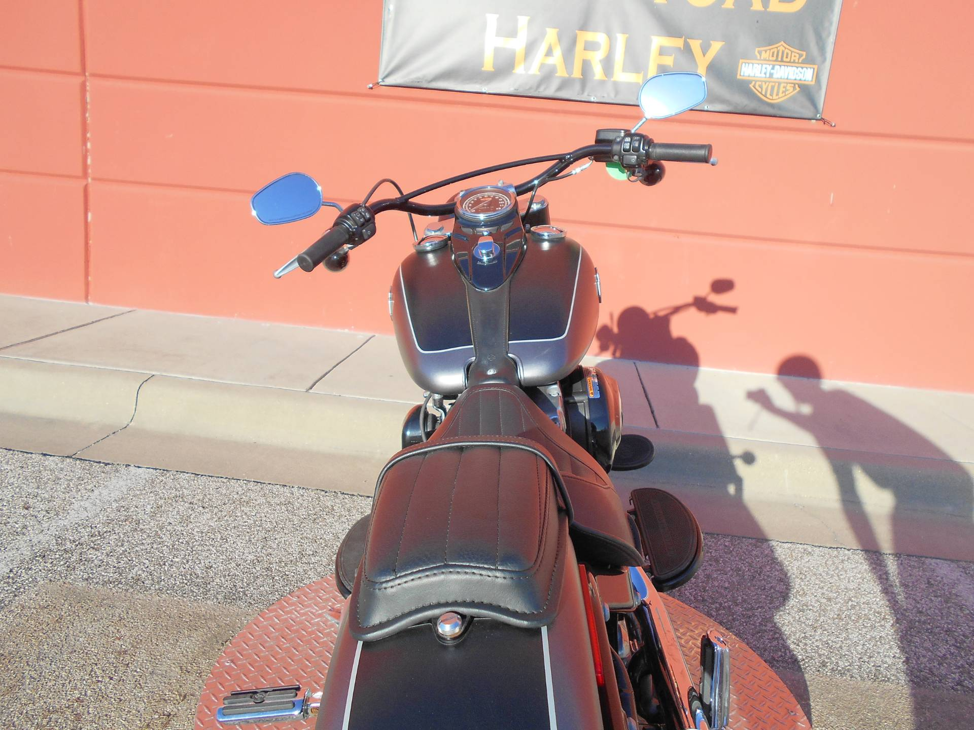 2017 Harley-Davidson Softail Slim® in Temple, Texas - Photo 5