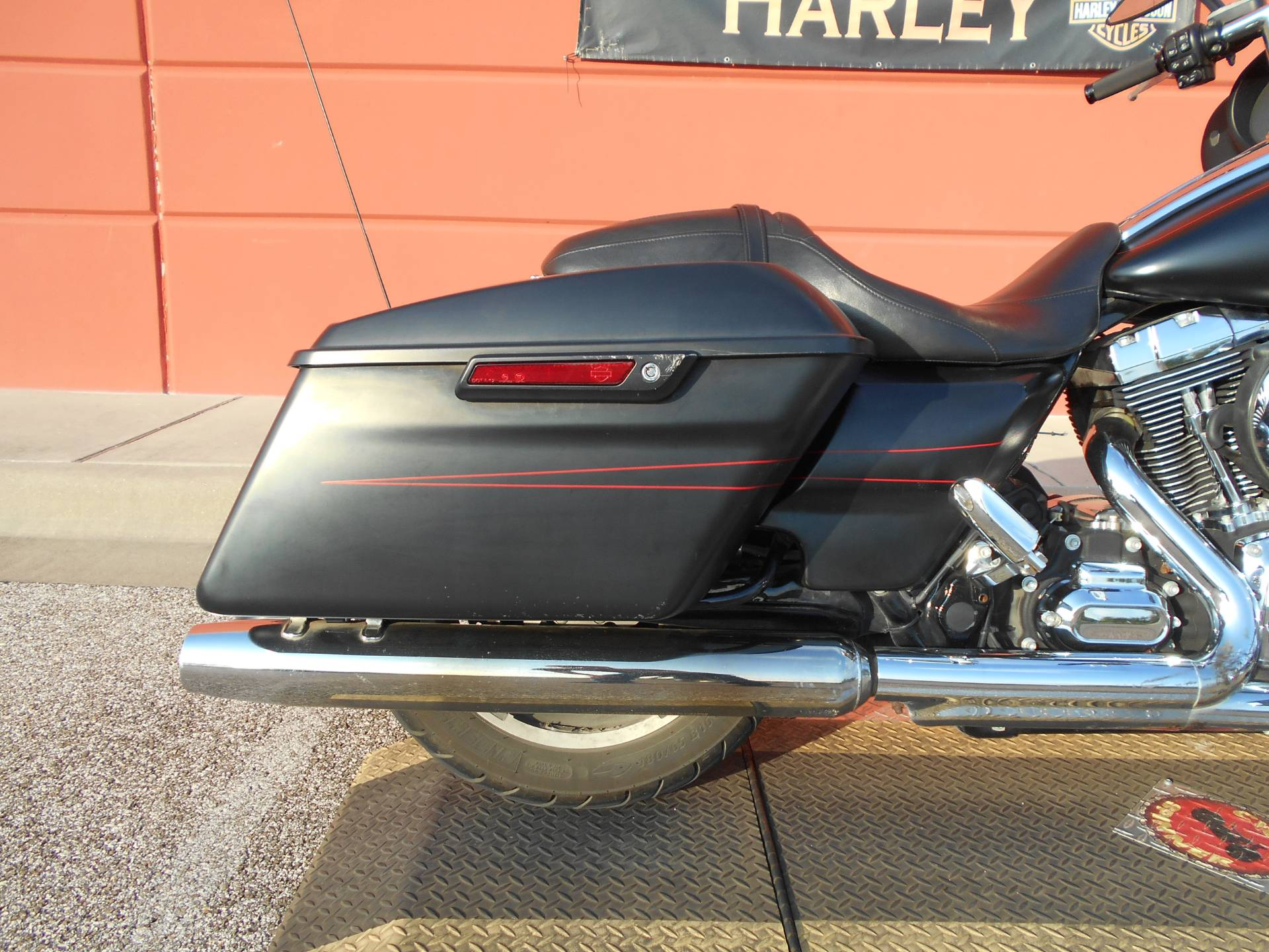 2015 Harley-Davidson Street Glide® Special in Temple, Texas - Photo 5