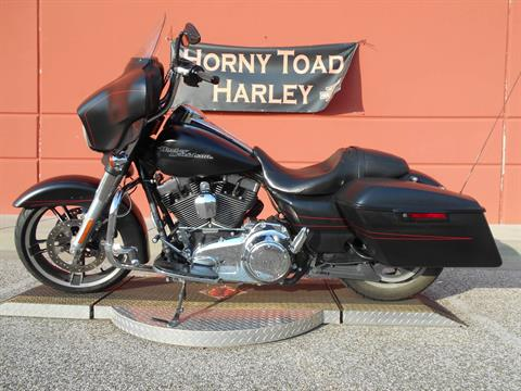 2015 Harley-Davidson Street Glide® Special in Temple, Texas - Photo 12