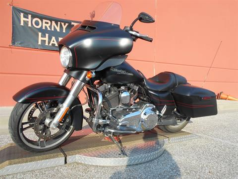 2015 Harley-Davidson Street Glide® Special in Temple, Texas - Photo 13