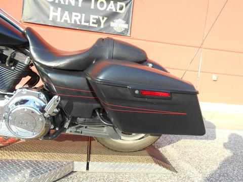 2015 Harley-Davidson Street Glide® Special in Temple, Texas - Photo 15