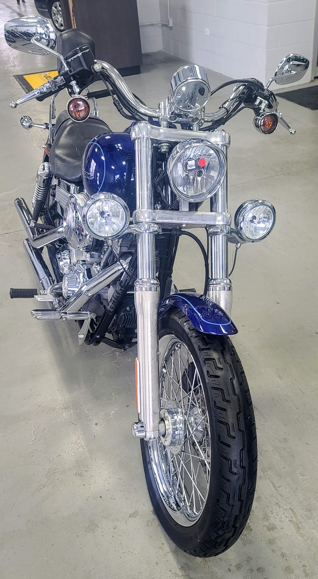 2006 Harley-Davidson Dyna™ Super Glide® Custom in Lake Villa, Illinois - Photo 6