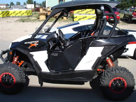 2014 Can-Am Maverick™  X® rs DPS™  1000R in Dickinson, North Dakota
