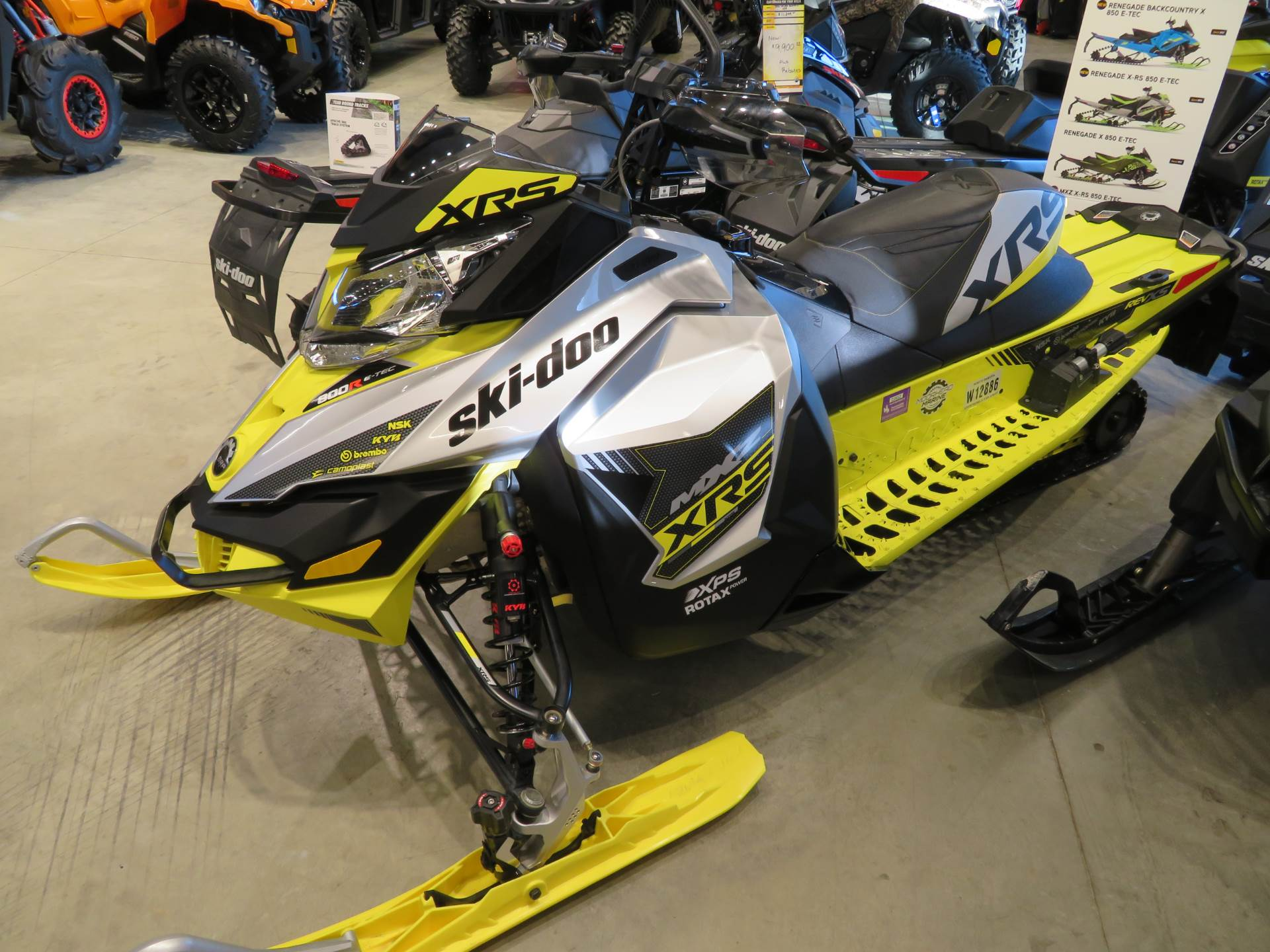 2016 Ski-Doo MX Z X-RS 800R E-TEC E.S. w/ Adj. pkg, Ripsaw in Dickinson, North Dakota