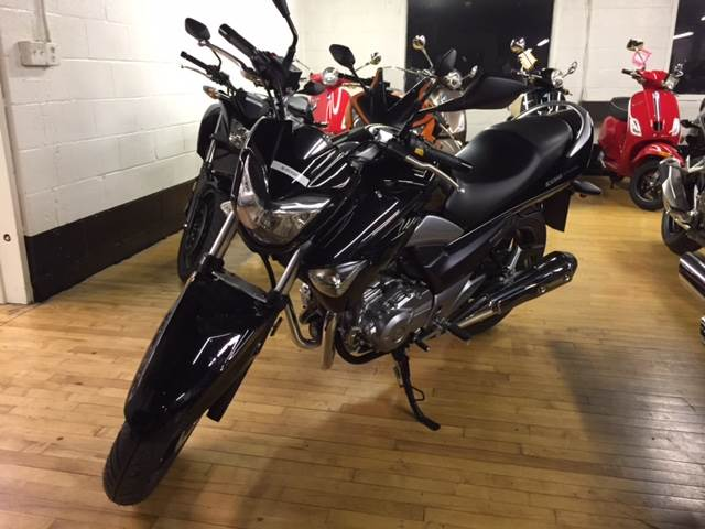 2017 Suzuki GW250 in Palmerton, Pennsylvania - Photo 2
