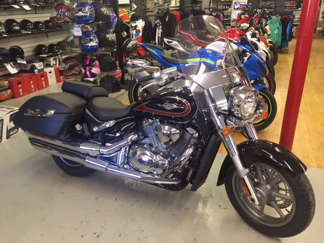 2017 Suzuki Boulevard C90T in Palmerton, Pennsylvania - Photo 1