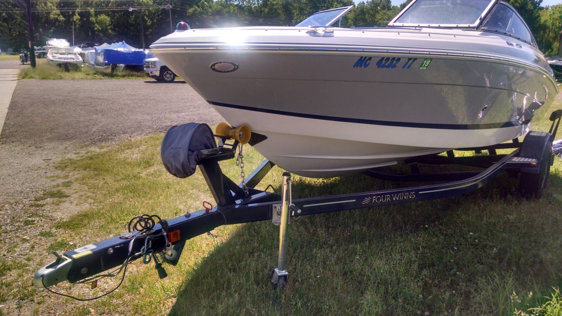 2013 Four Winns H200 in Kalamazoo, Michigan