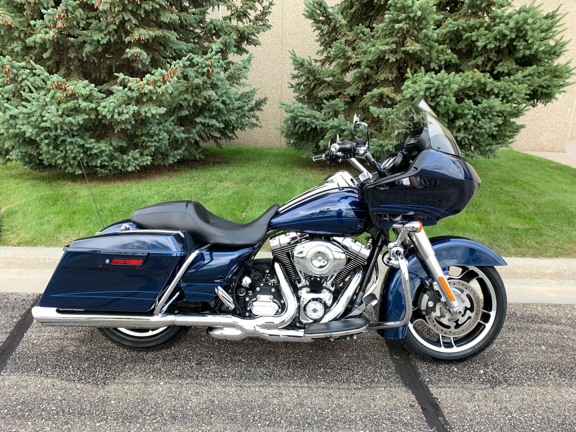 Used 2012 Harley Davidson Road Glide Custom Big Blue Pearl Motorcycles In Alexandria Mn A638060