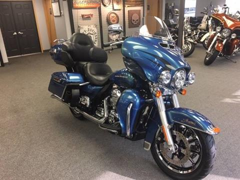 2014 Harley-Davidson Ultra Limited in Alexandria, Minnesota - Photo 2