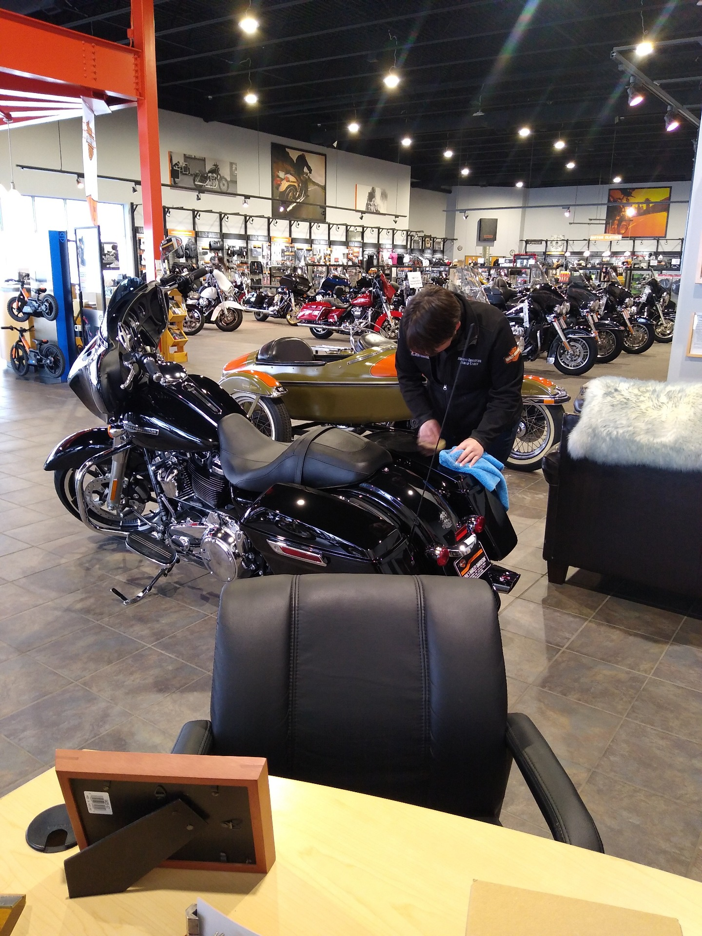 2021 Harley-Davidson Street Glide® in Alexandria, Minnesota - Photo 3