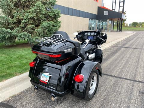2019 Harley-Davidson Tri Glide® Ultra in Alexandria, Minnesota - Photo 2