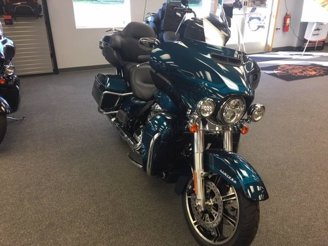 2020 Harley-Davidson Ultra Limited in Alexandria, Minnesota - Photo 2