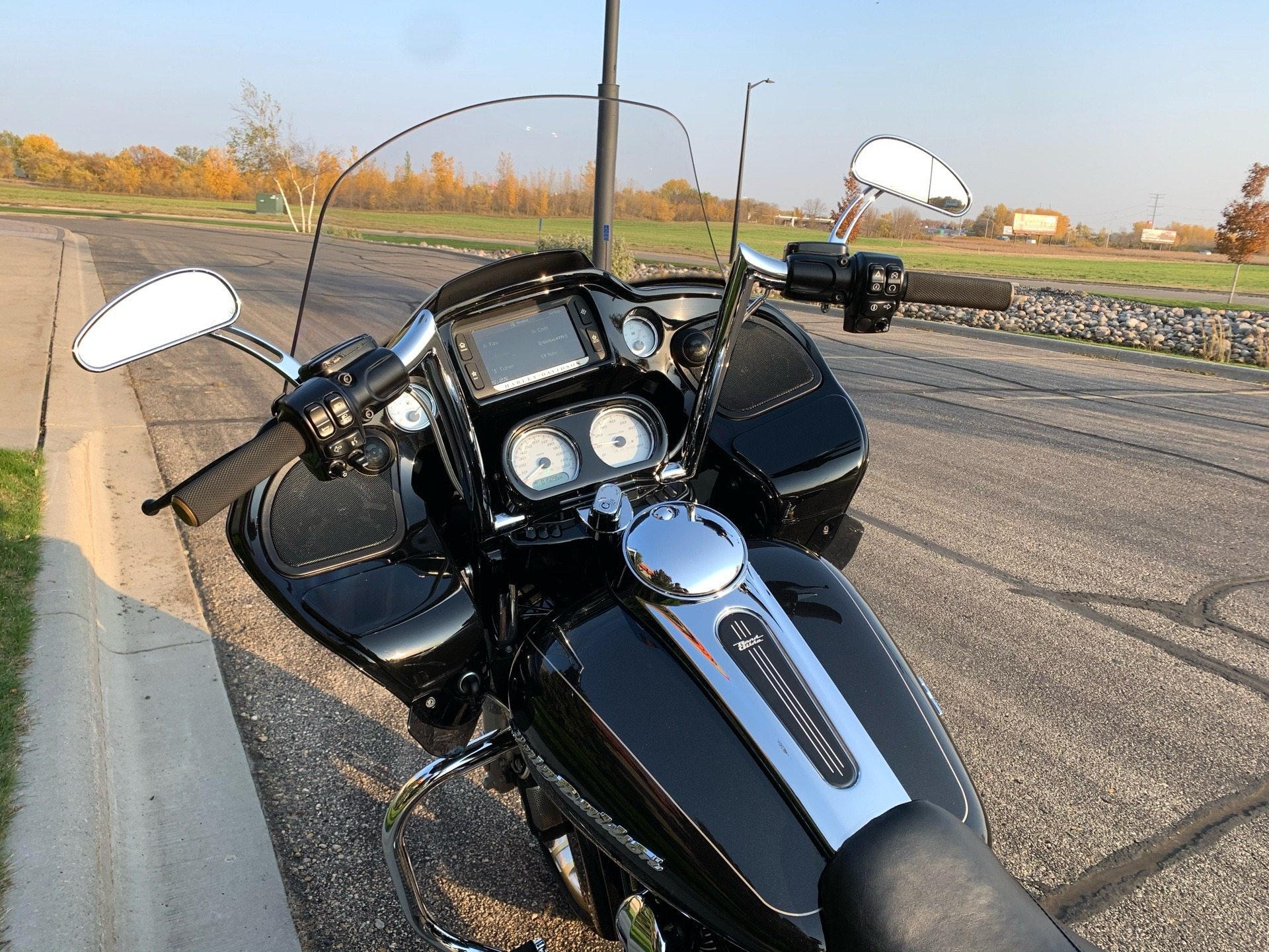 2016 Harley-Davidson Road Glide® Special in Alexandria, Minnesota - Photo 7