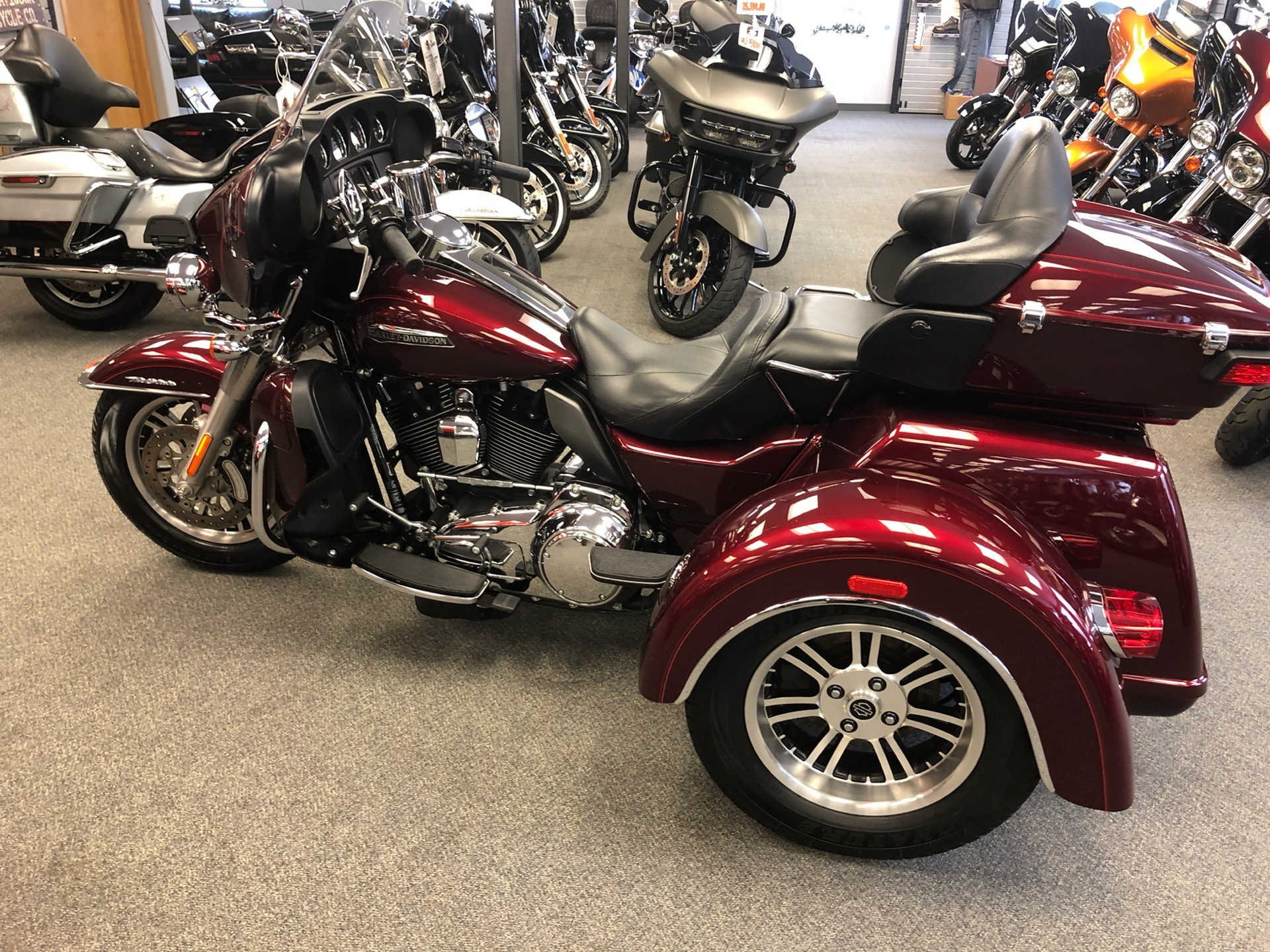 2015 Harley-Davidson Tri Glide® Ultra in Alexandria, Minnesota - Photo 6