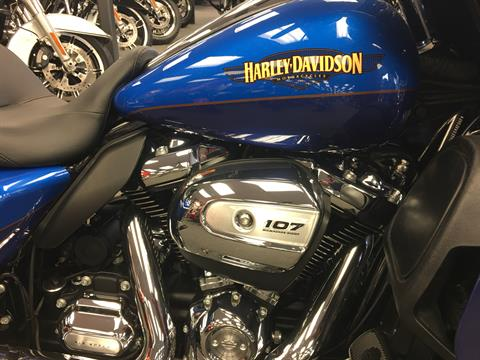 2017 Harley-Davidson Ultra Limited Low in Alexandria, Minnesota - Photo 3