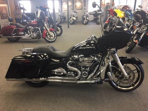 2017 Harley-Davidson Road Glide® Special in Alexandria, Minnesota - Photo 1