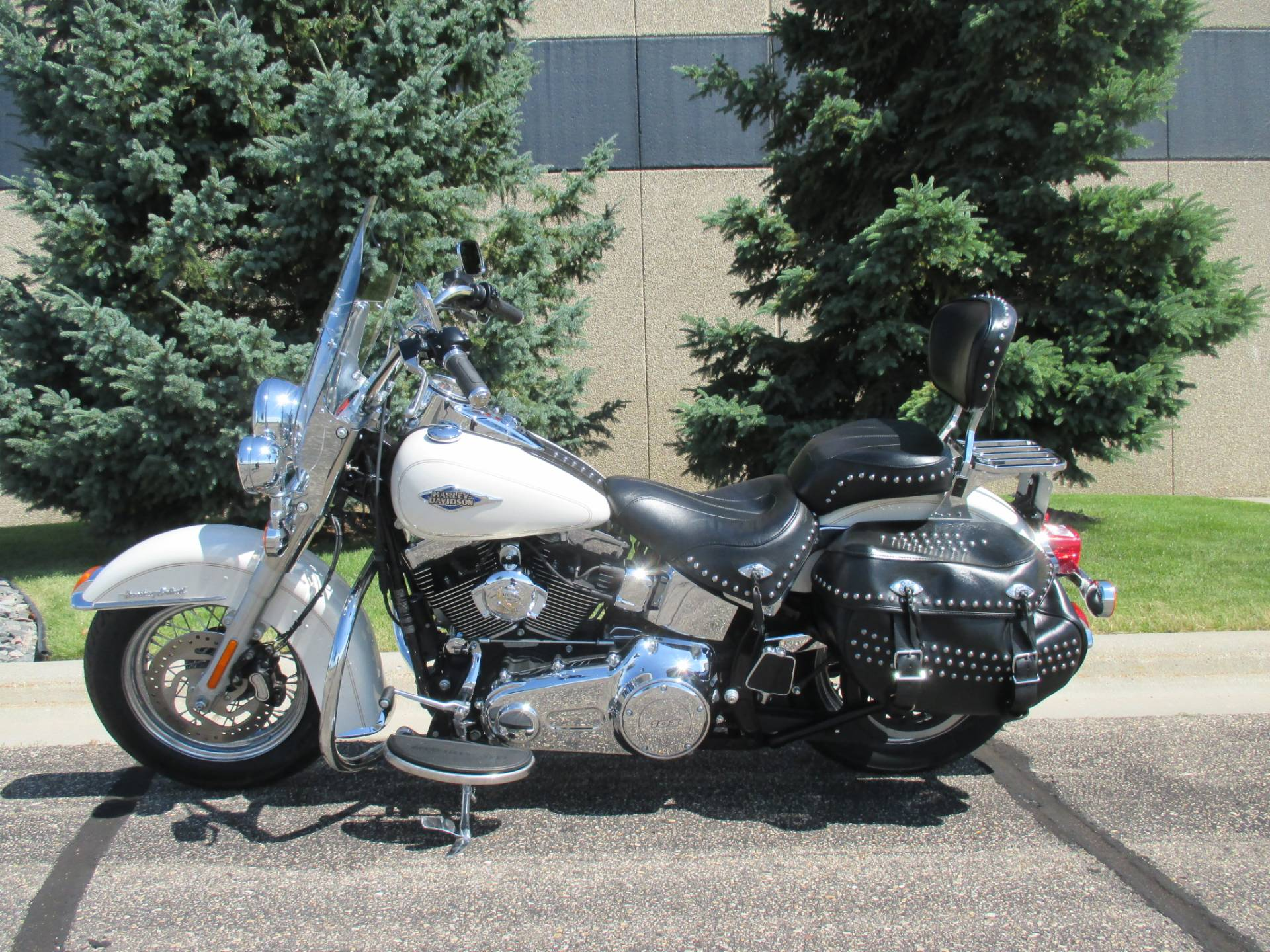2015 Harley-Davidson Heritage Softail® Classic in Alexandria, Minnesota - Photo 2