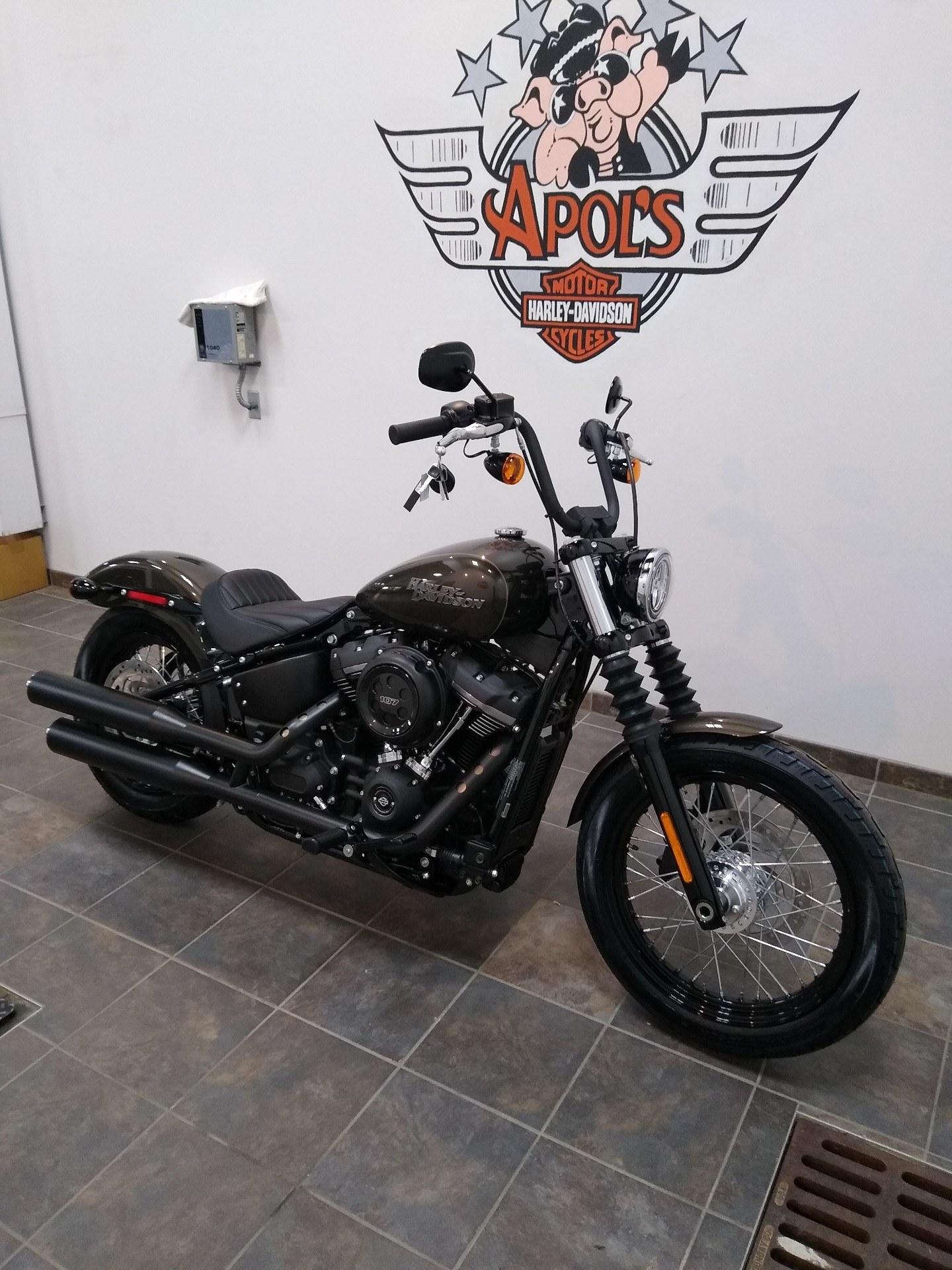 2020 Harley-Davidson Street Bob® in Alexandria, Minnesota - Photo 2