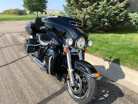 2015 Harley-Davidson Ultra Limited in Alexandria, Minnesota - Photo 2