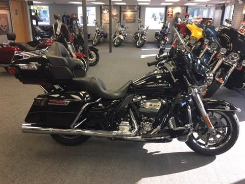 2017 Harley-Davidson Ultra Limited Low in Alexandria, Minnesota - Photo 1