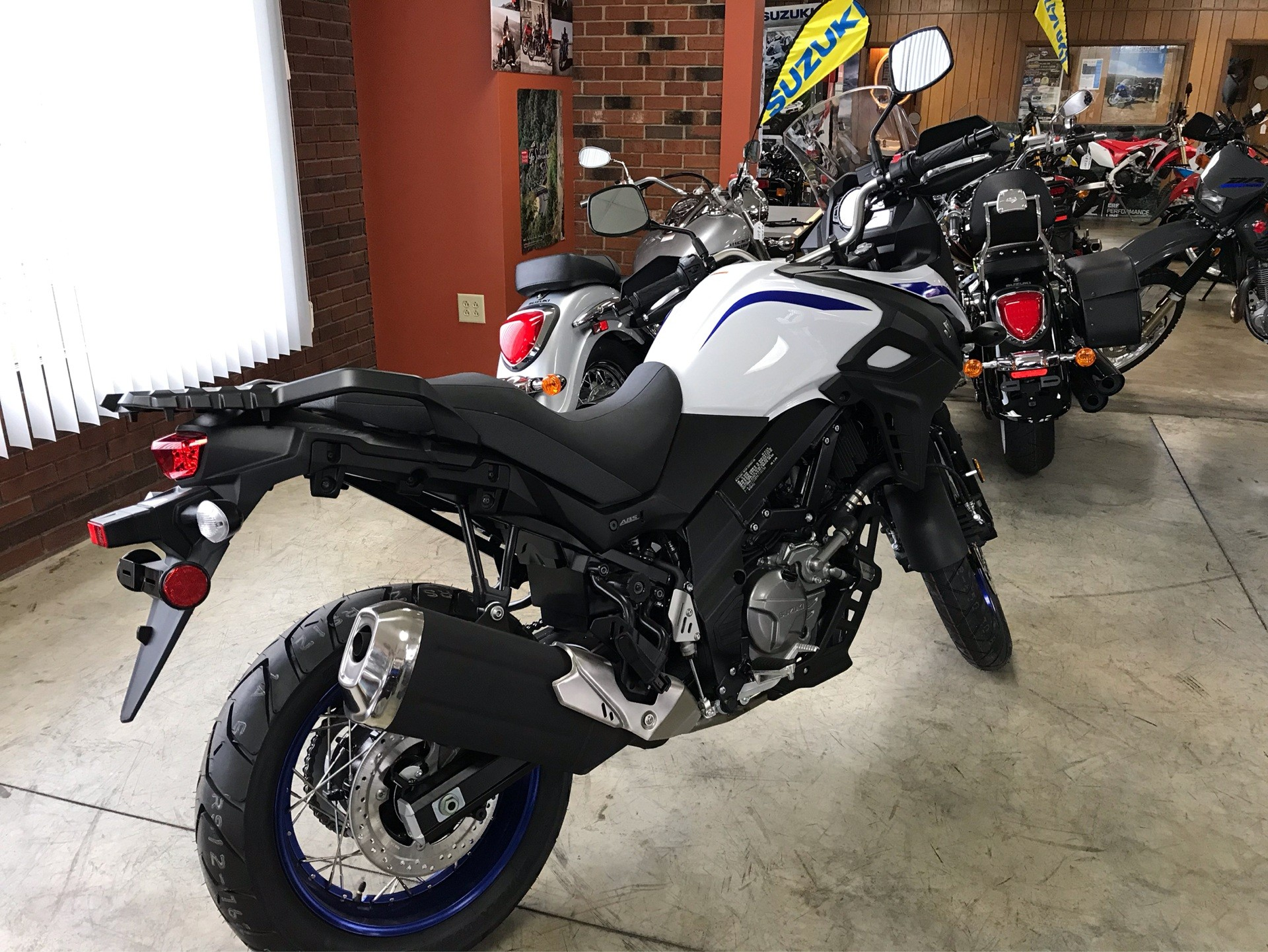 2019 Suzuki V-Strom 650XT in Sanford, North Carolina - Photo 8