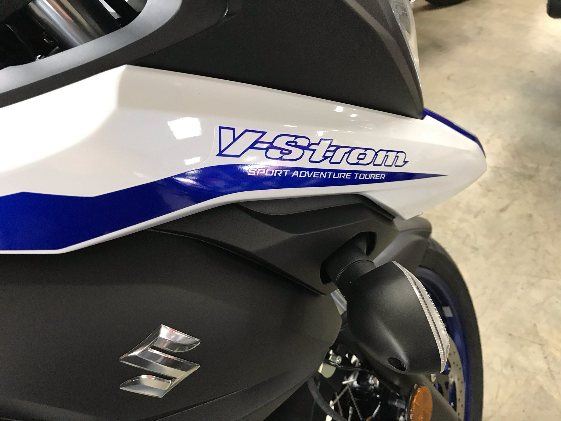 2019 Suzuki V-Strom 650XT in Sanford, North Carolina - Photo 9