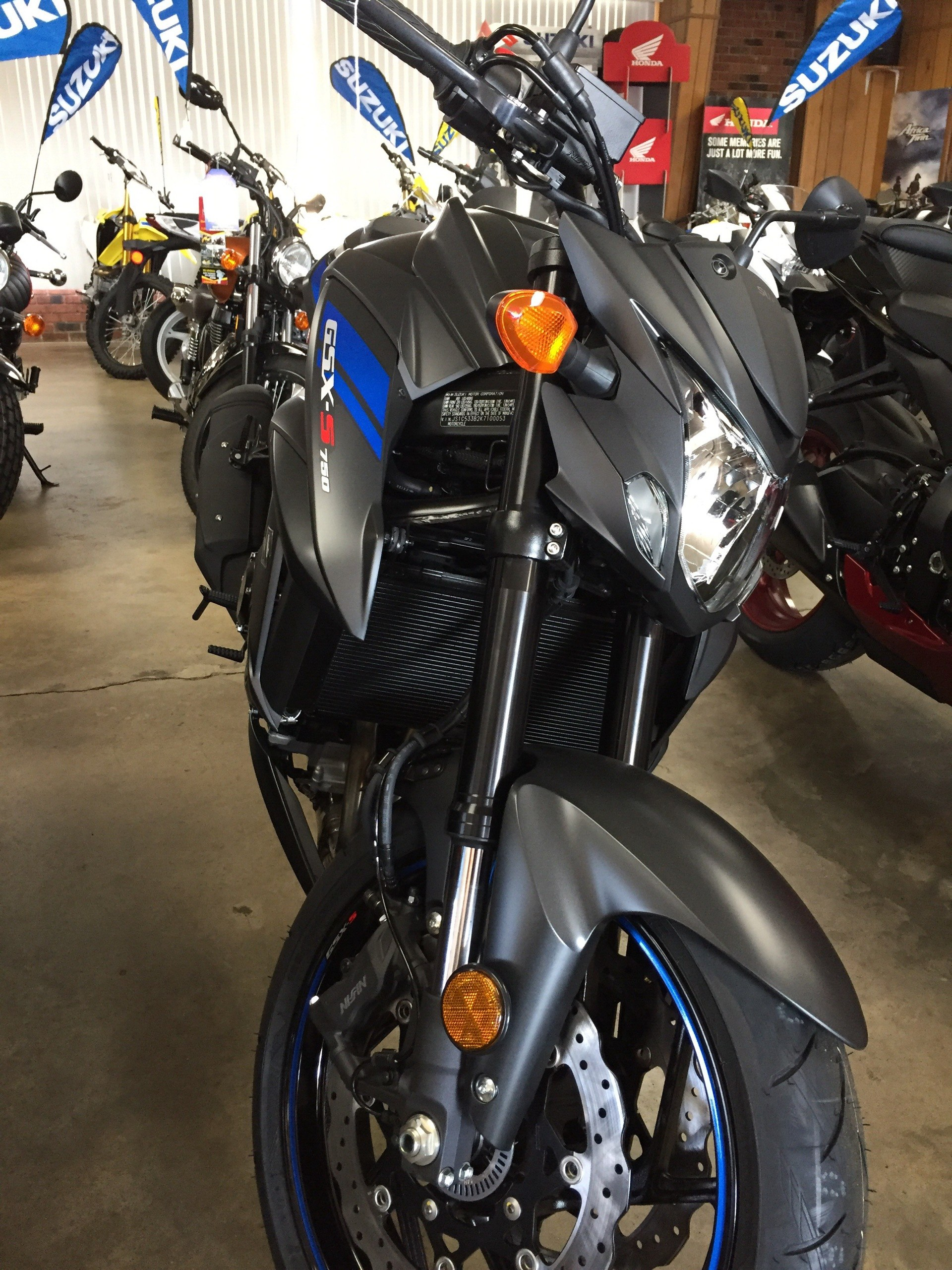 2019 Suzuki GSX-S750Z in Sanford, North Carolina - Photo 2