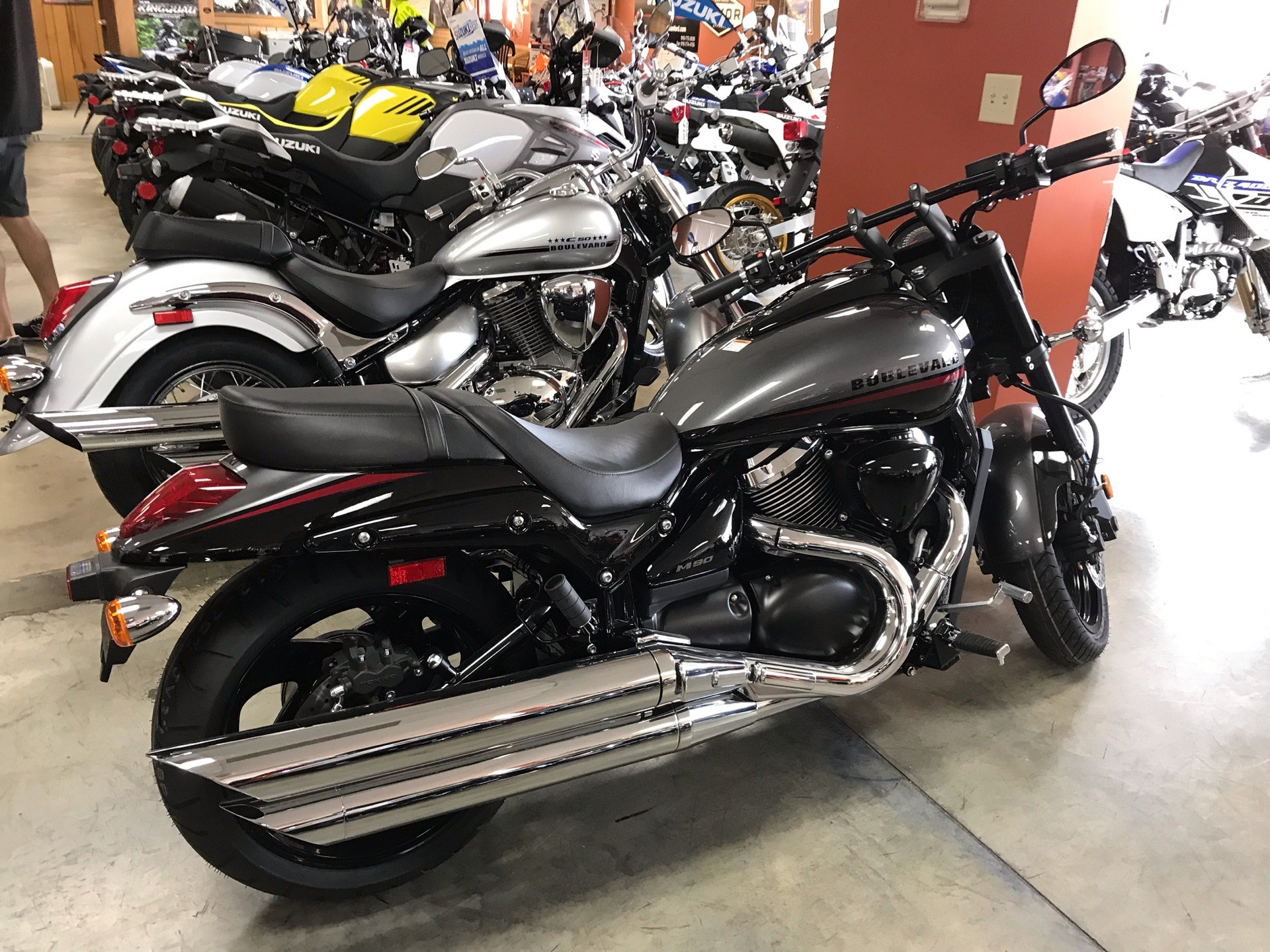 2019 Suzuki Boulevard M90 in Sanford, North Carolina - Photo 3