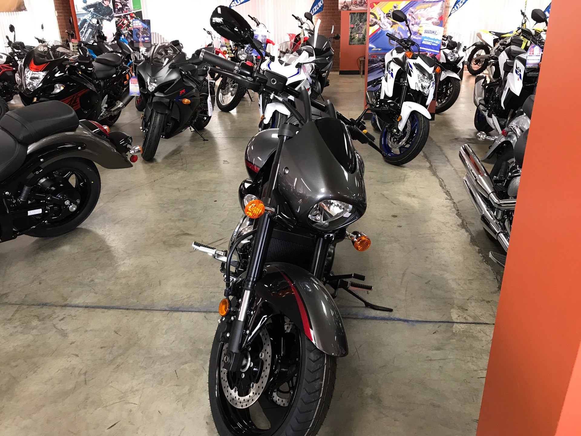 2019 Suzuki Boulevard M90 in Sanford, North Carolina - Photo 5