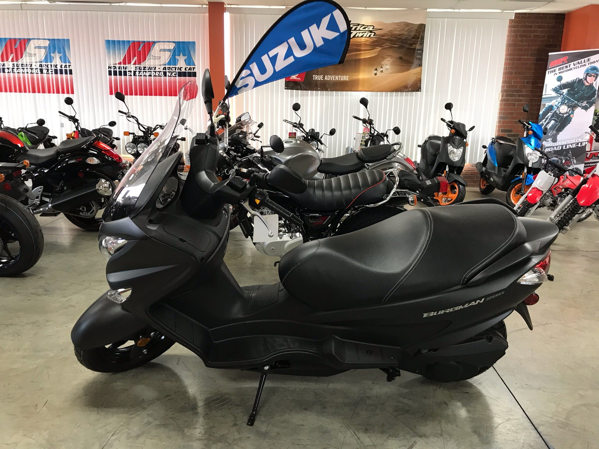 2019 Suzuki Burgman 200 in Sanford, North Carolina - Photo 1