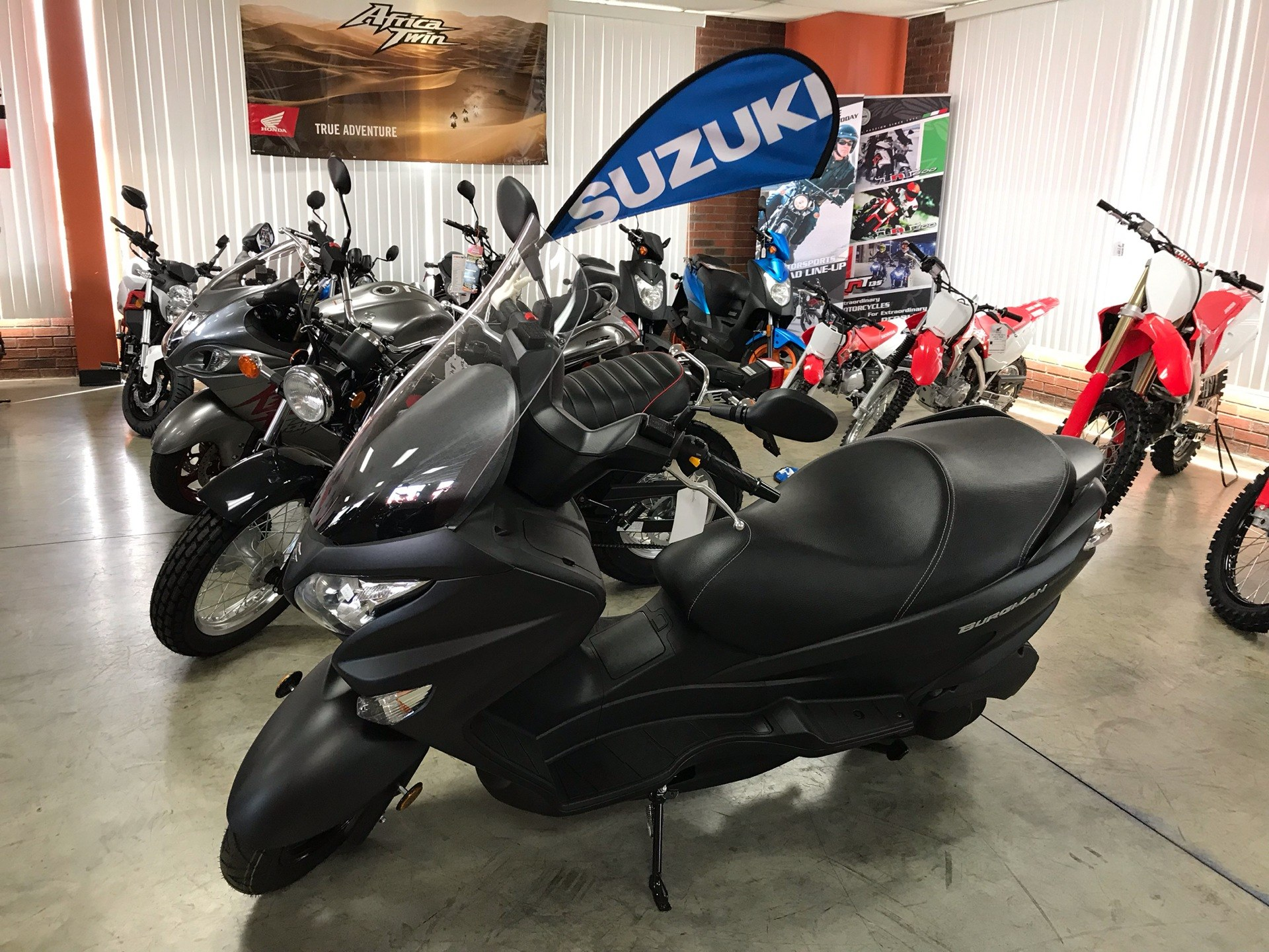 2019 Suzuki Burgman 200 in Sanford, North Carolina - Photo 2
