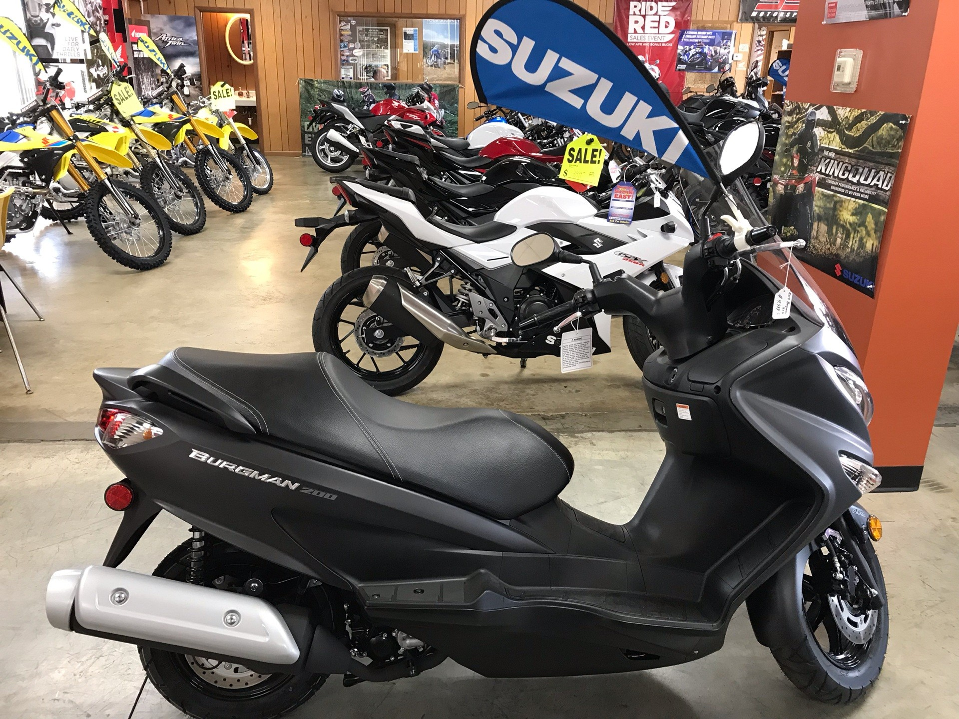 2019 Suzuki Burgman 200 in Sanford, North Carolina - Photo 6
