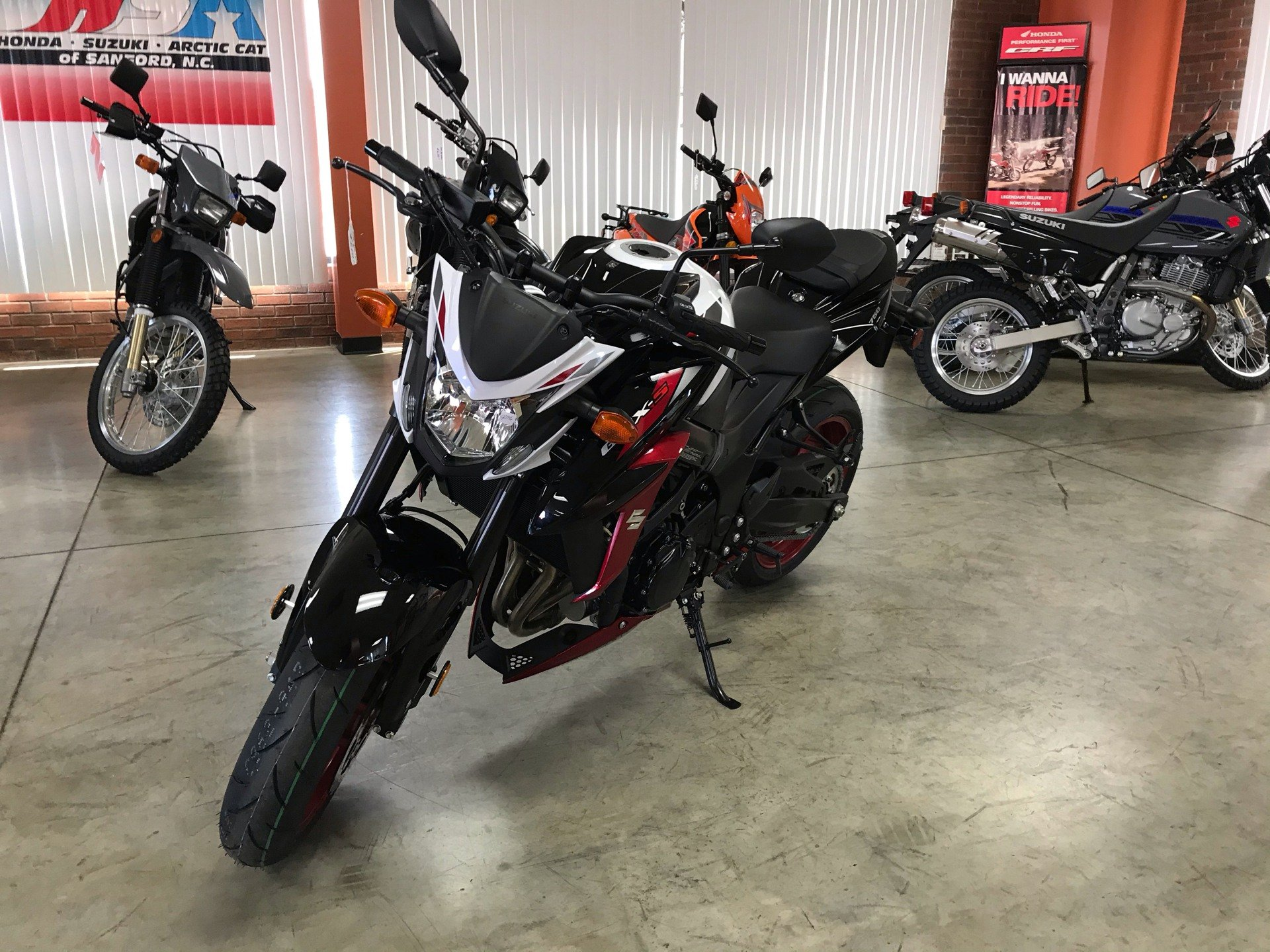 2020 Suzuki GSX-S750Z ABS in Sanford, North Carolina - Photo 4