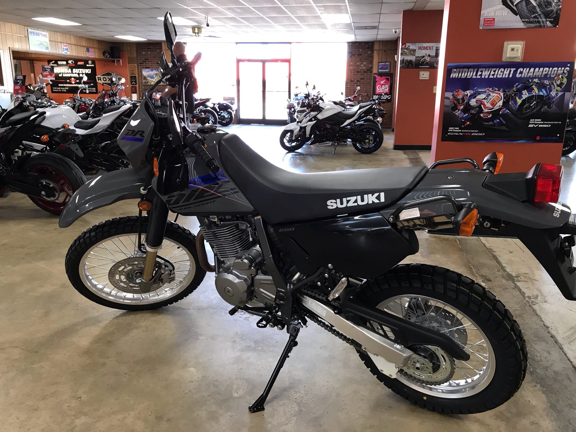 2020 Suzuki DR650S in Sanford, North Carolina - Photo 6