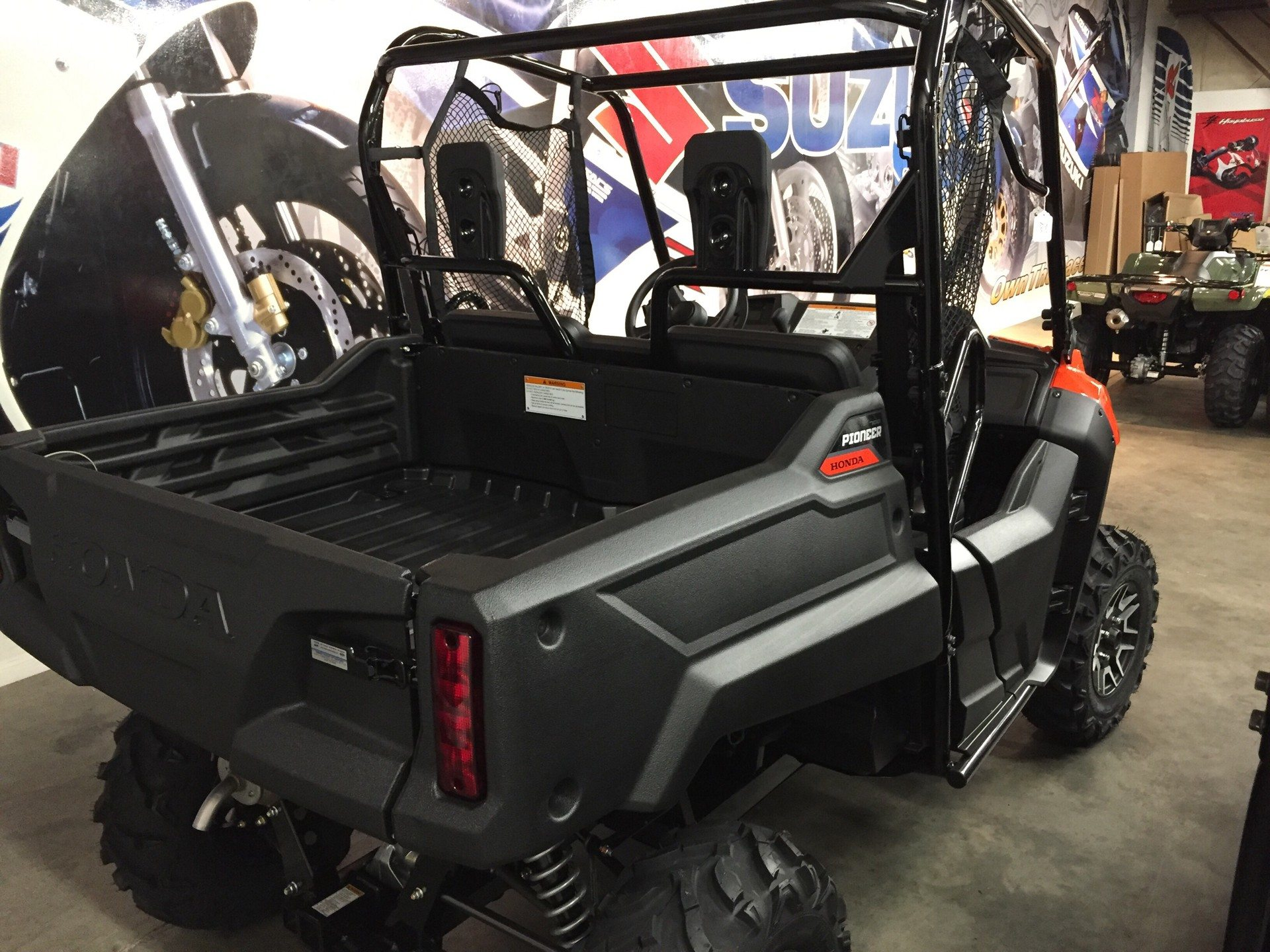 2019 Honda Pioneer 700 Deluxe in Sanford, North Carolina - Photo 5