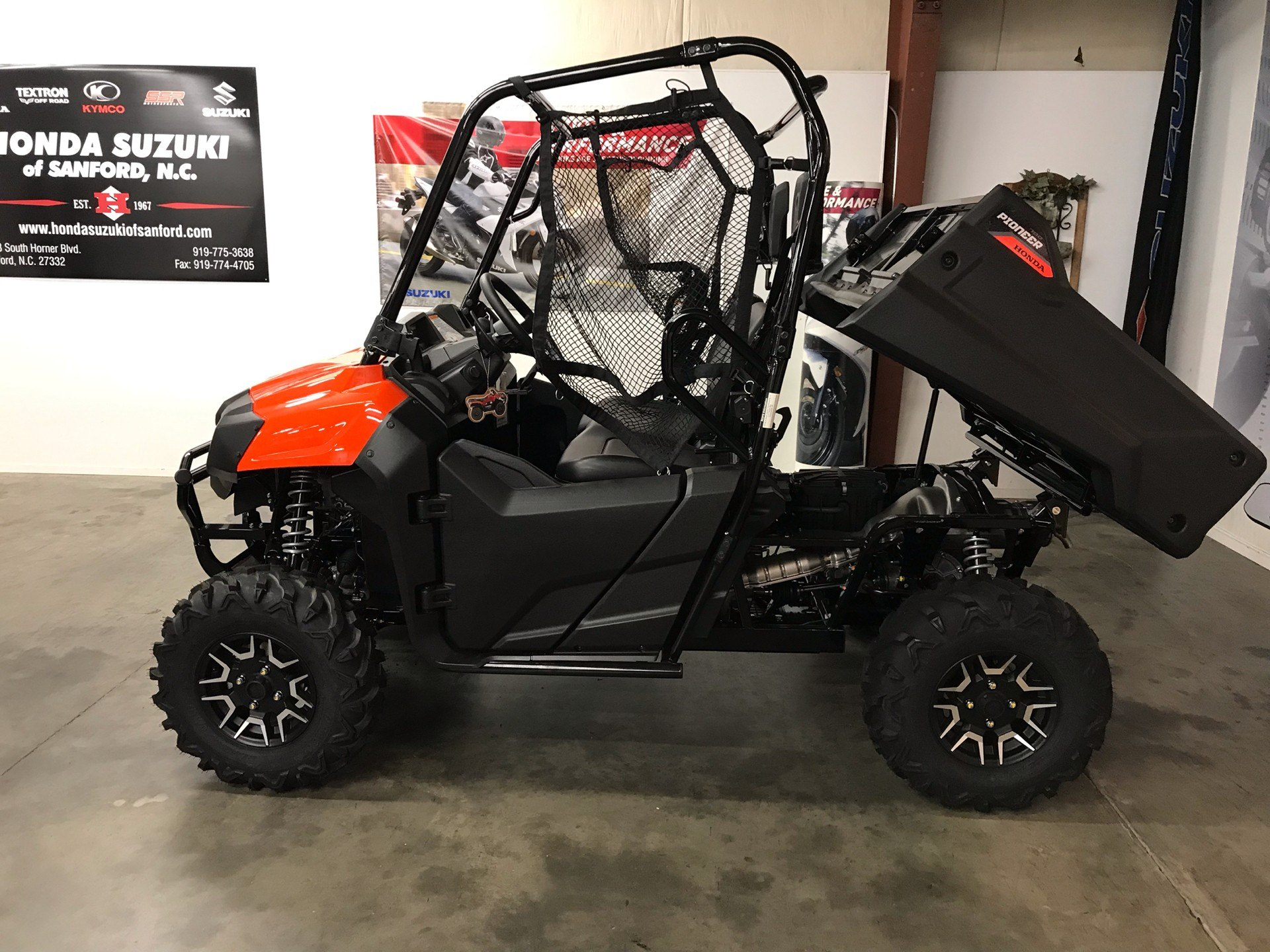 2019 Honda Pioneer 700 Deluxe in Sanford, North Carolina - Photo 2