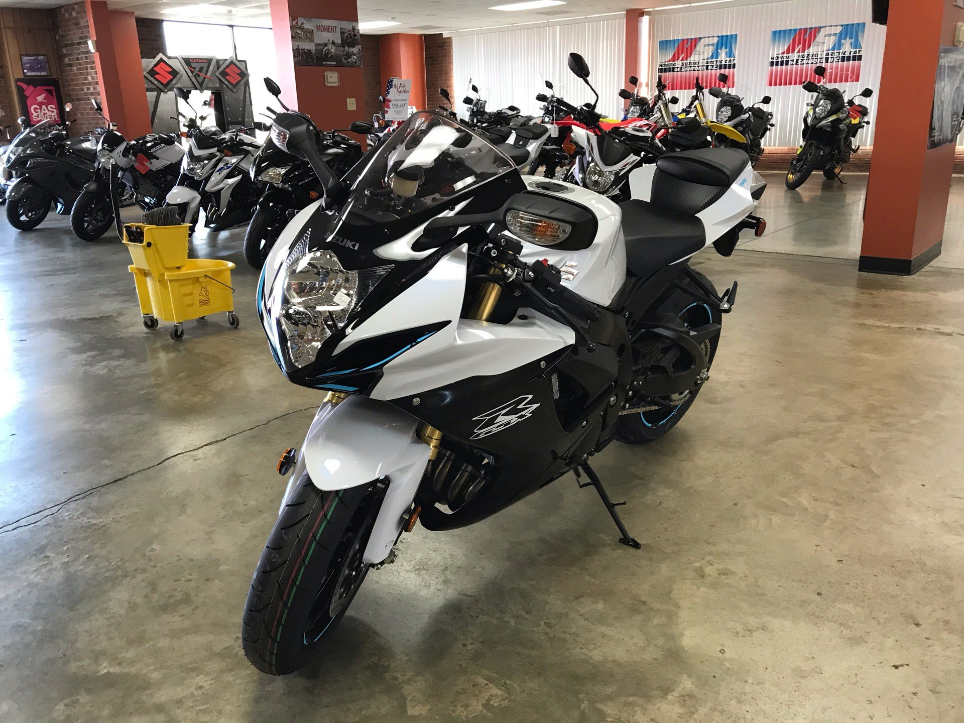 2020 Suzuki GSX-R750 in Sanford, North Carolina - Photo 4