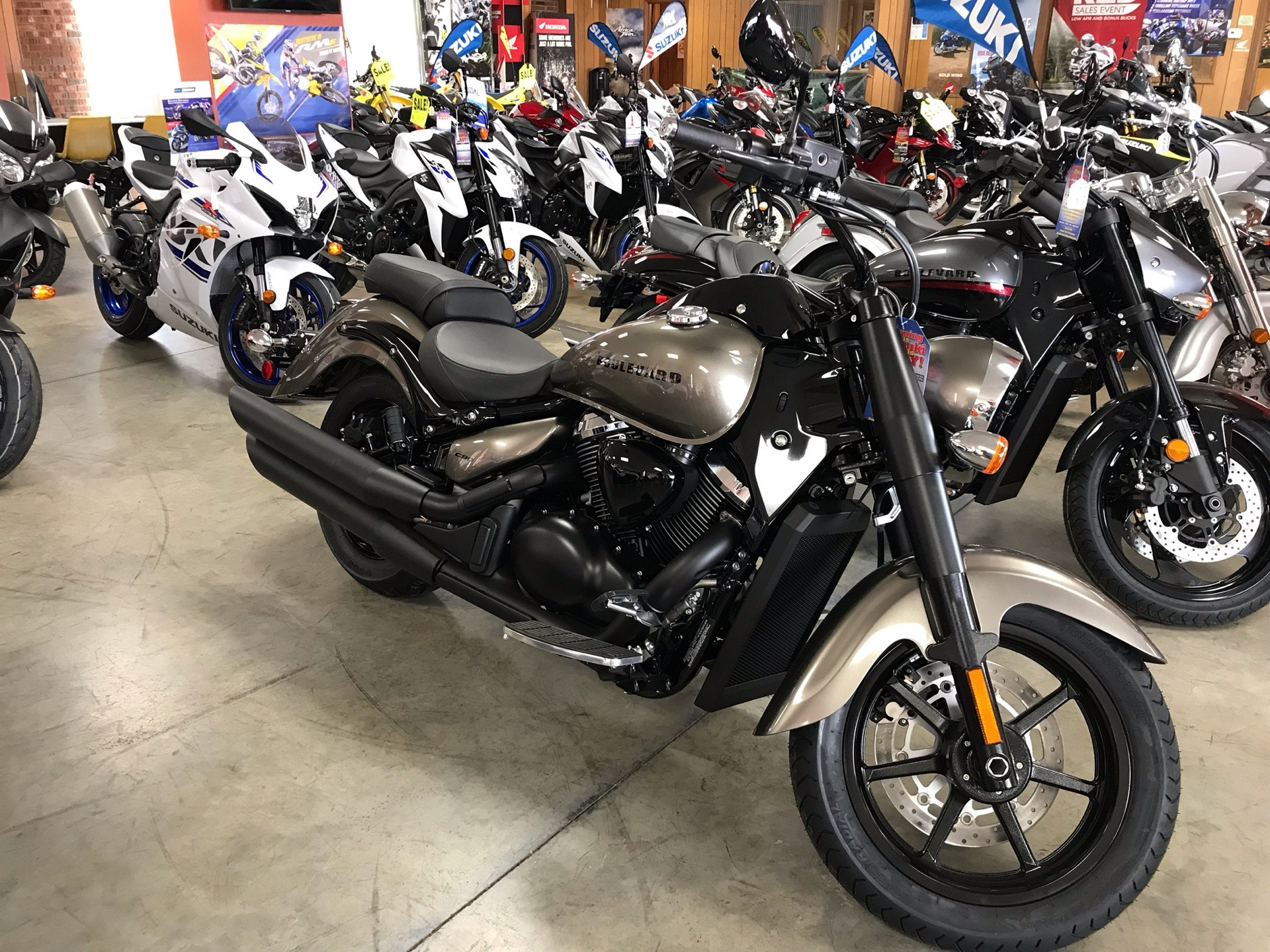 2019 Suzuki Boulevard C90 B.O.S.S. in Sanford, North Carolina - Photo 3