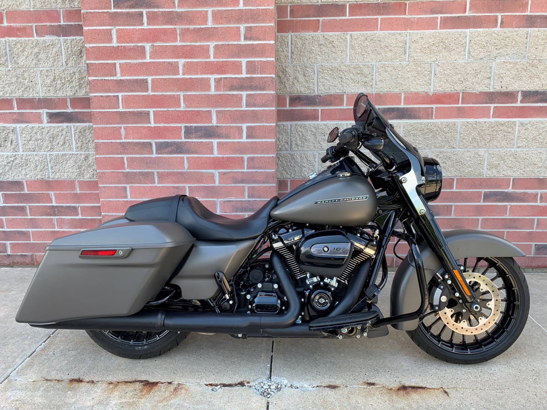 2018 Harley-Davidson Road King® Special in Muskego, Wisconsin