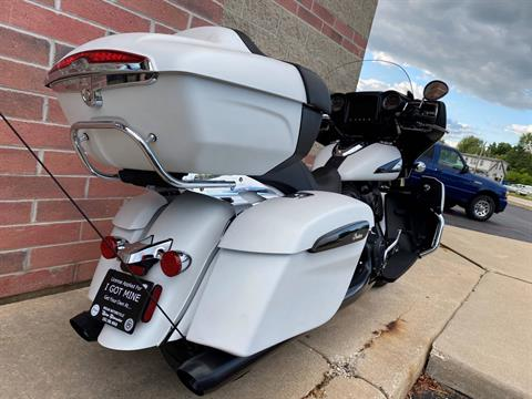 2020 Indian Roadmaster® Dark Horse® in Muskego, Wisconsin - Photo 11
