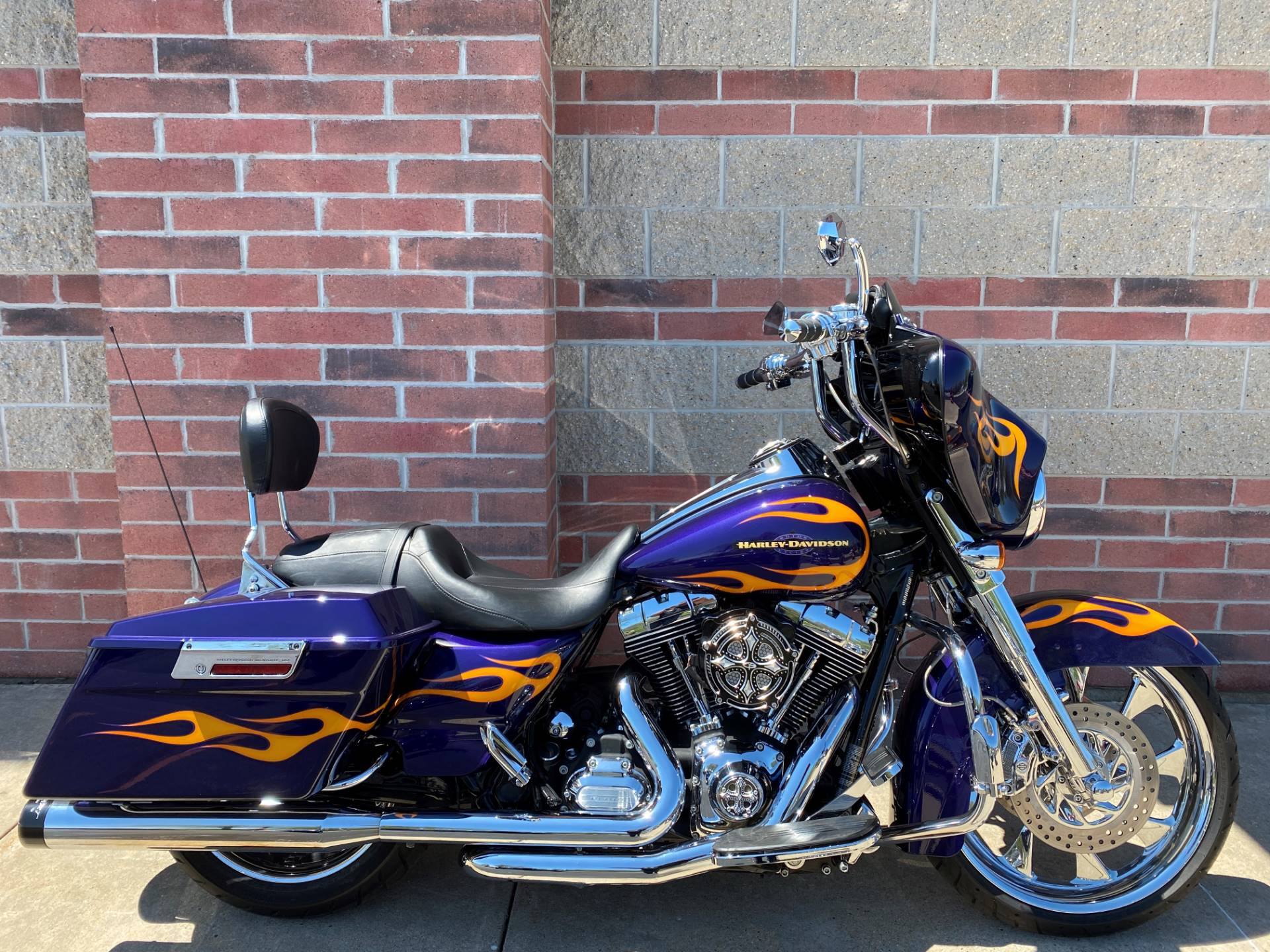 2012 Harley-Davidson Street Glide® in Muskego, Wisconsin - Photo 1