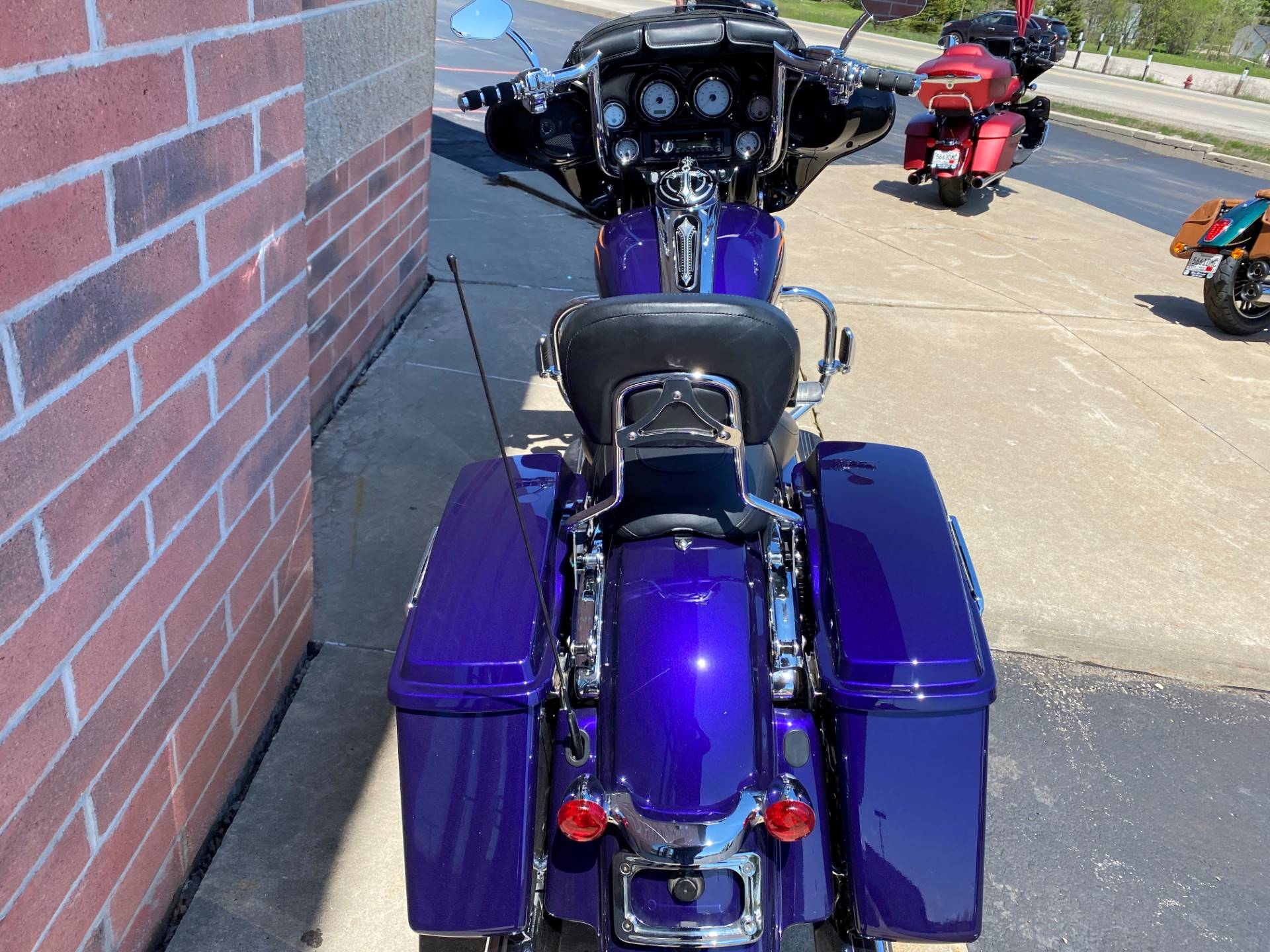 2012 Harley-Davidson Street Glide® in Muskego, Wisconsin - Photo 12