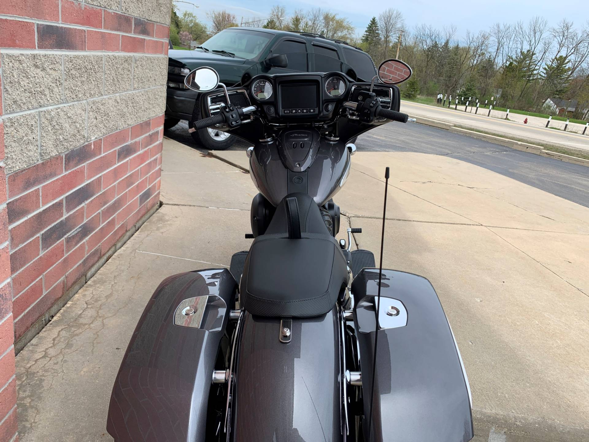 2019 Indian Chieftain® ABS in Muskego, Wisconsin - Photo 11