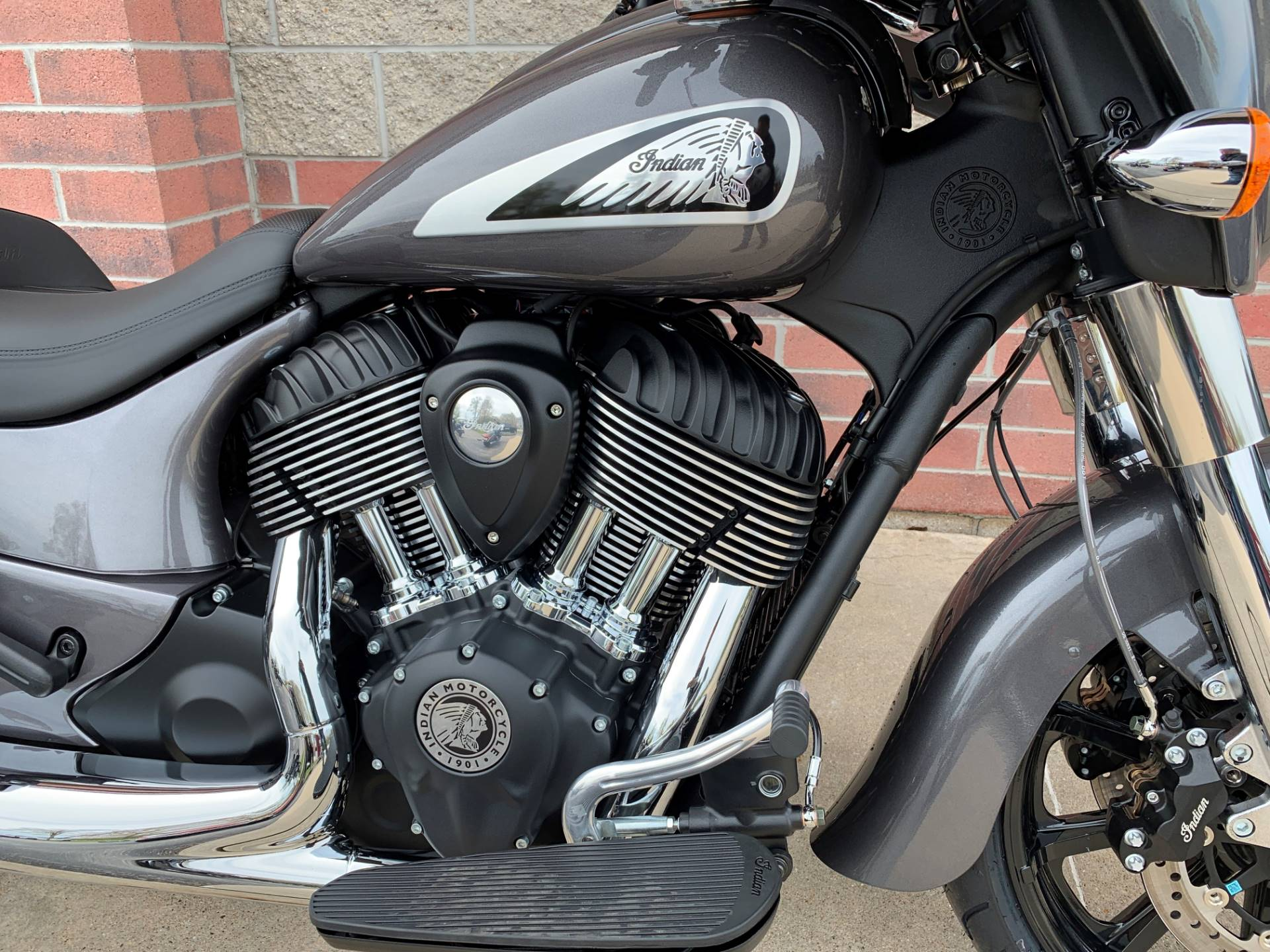 2019 Indian Chieftain® ABS in Muskego, Wisconsin - Photo 5