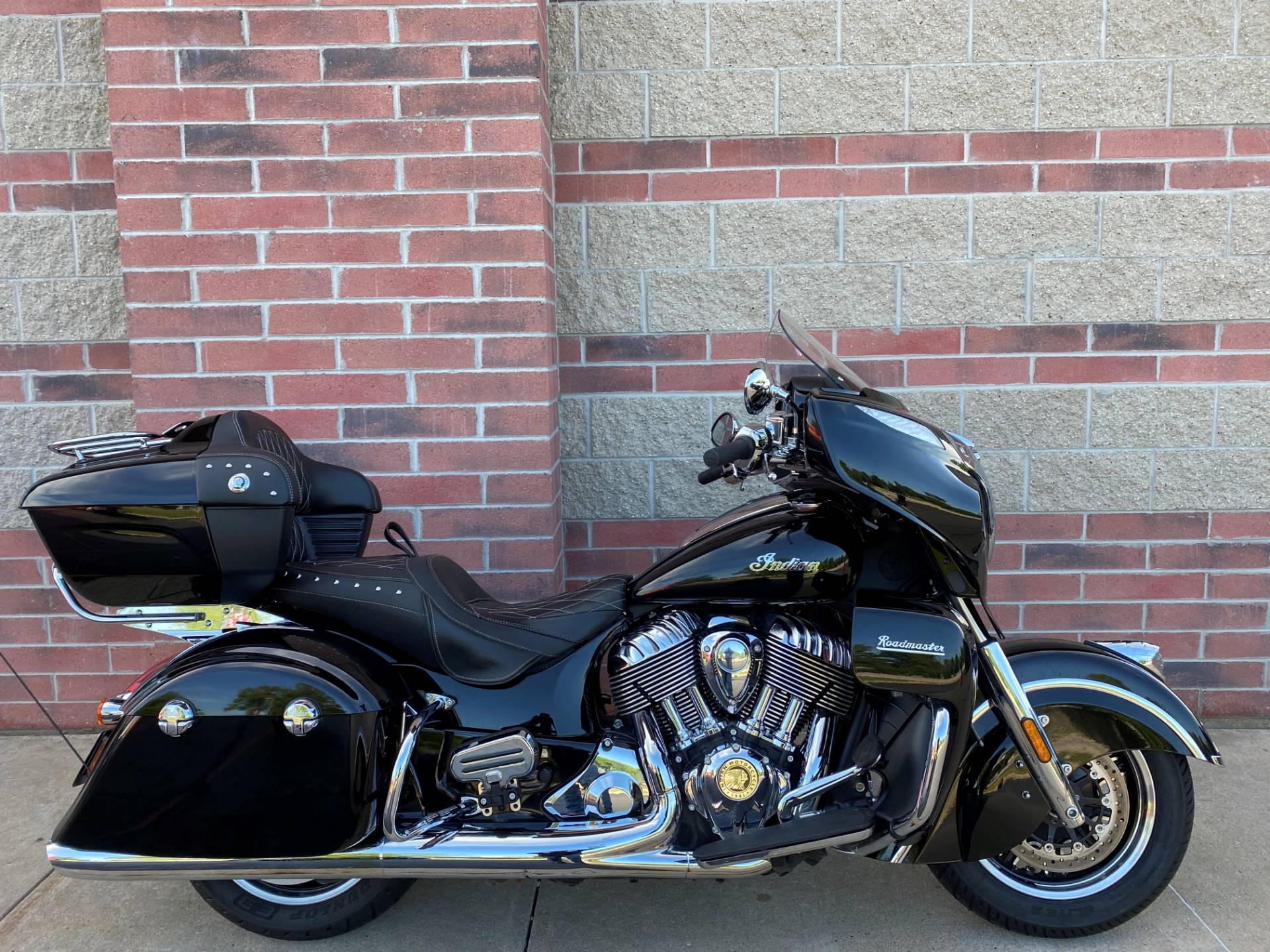 2018 Indian Roadmaster® ABS in Muskego, Wisconsin - Photo 1