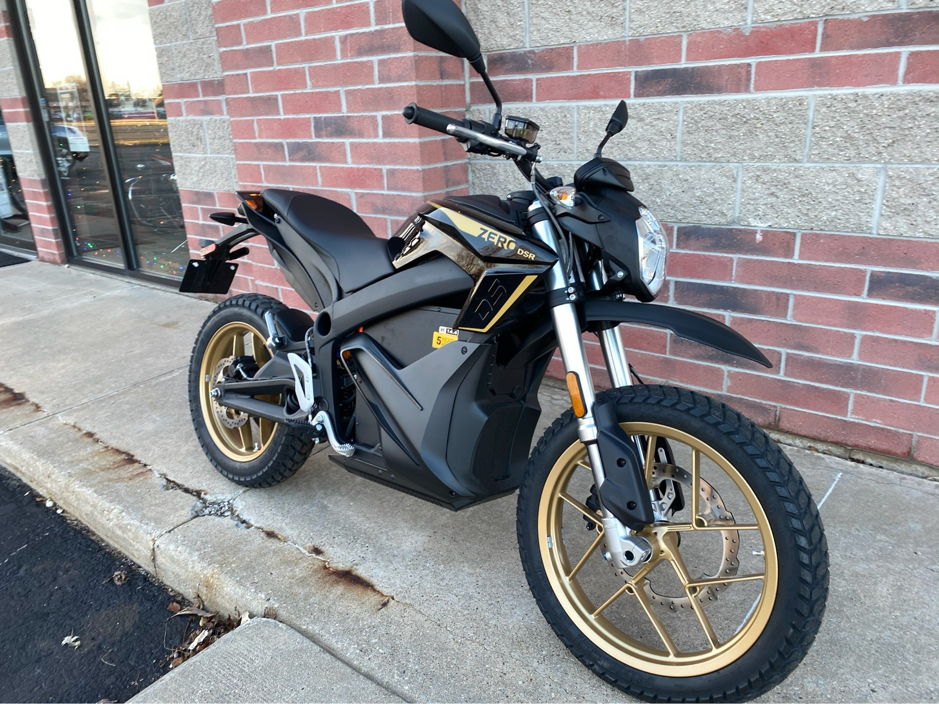 2020 Zero Motorcycles DSR ZF14.4 + Charge Tank in Muskego, Wisconsin - Photo 2